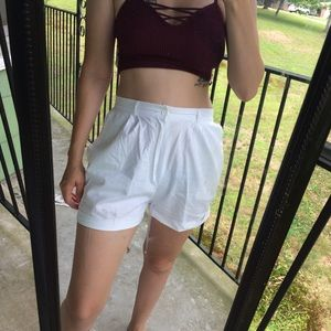 Vintage • breezy 80's high waisted shorts